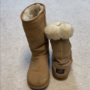 UGG classic Tall Boots Size 7